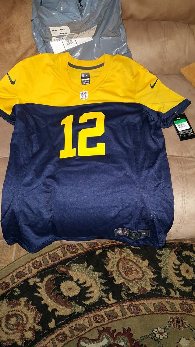 Aaron rodgers throwback jersey in Vacaville e691e80a3