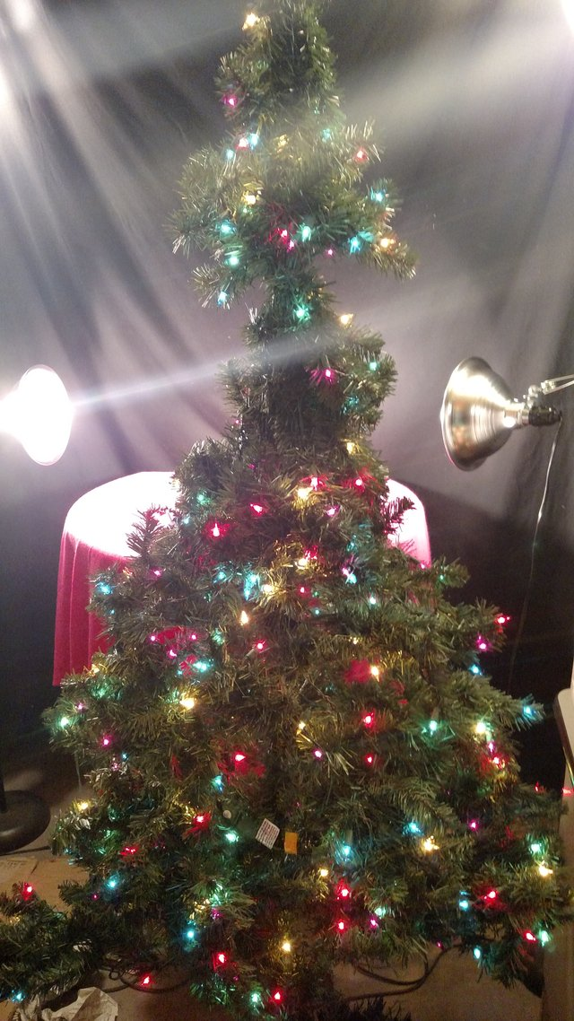 Holiday Time Christmas Tree.Holiday Time 6 5ft Pre Lit Madison Pine Tree Multi Colored
