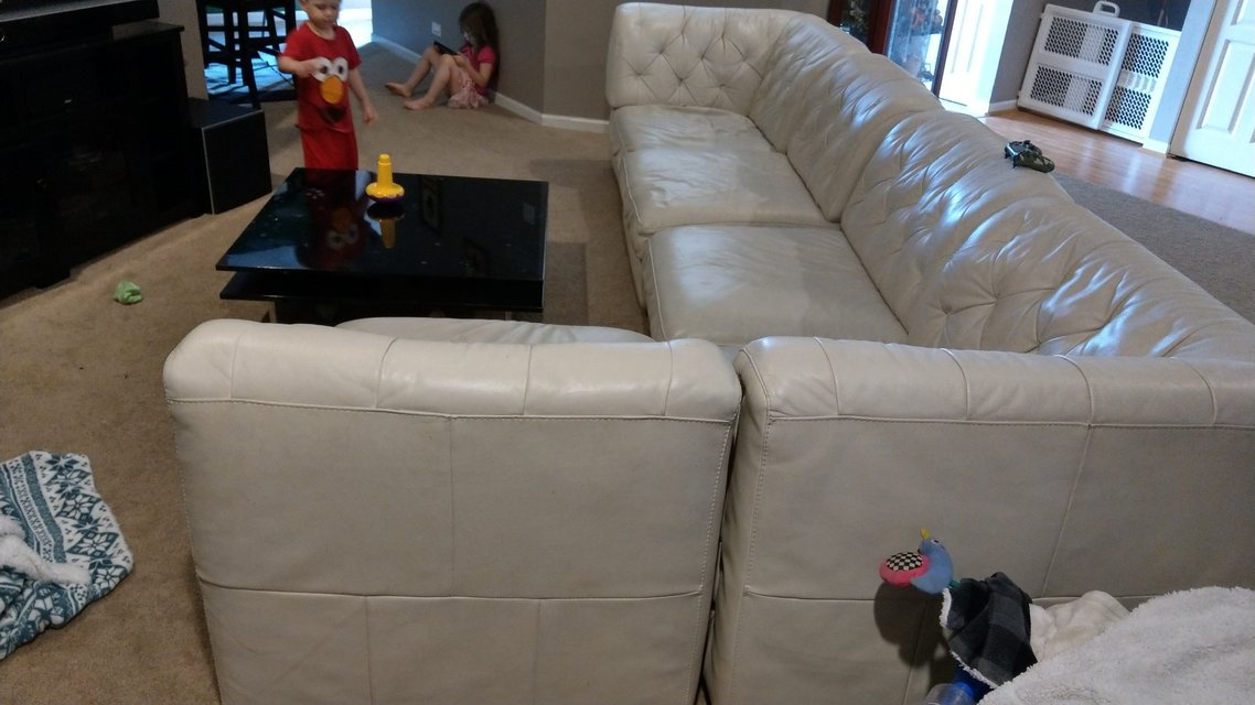 Sectional Couch In Plainfield