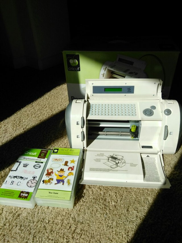Cricut Hobby Craft Machine Arts Crafts For Sale On Vacaville Bookoo