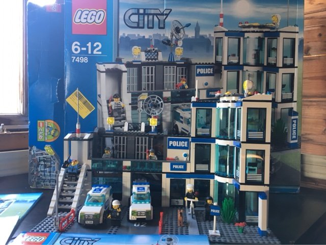 Lego City Police Station Complete And Boxed With Instructions Toys