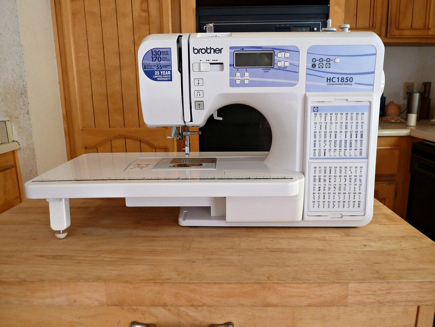 Brother HC40 Computerized Sewing Quilting Machine Hobby For Unique Brother Hc1850 Computerized Sewing Machine